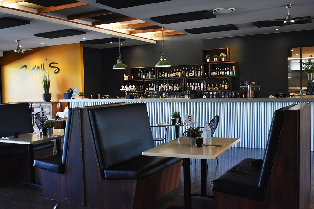 Sonny's Cafe, Bar & Restaurant Jindalee